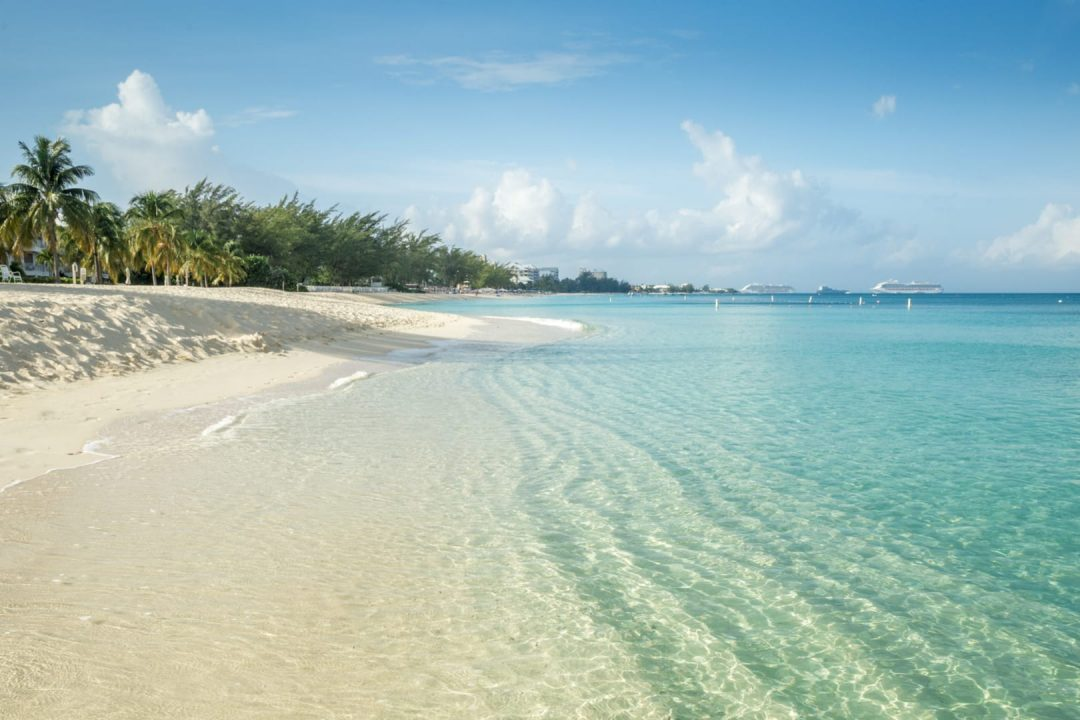 Seven Miles Beach - Grand Cayman - Cayman Islands