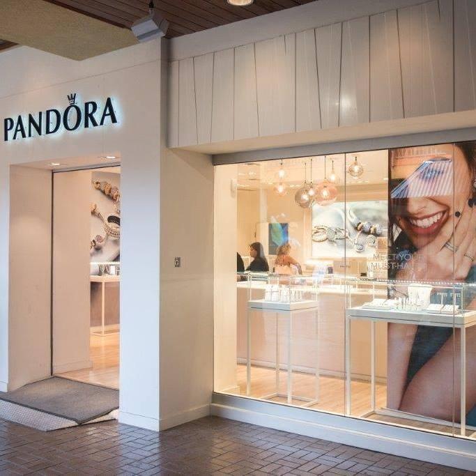 Pandora Island Plaza