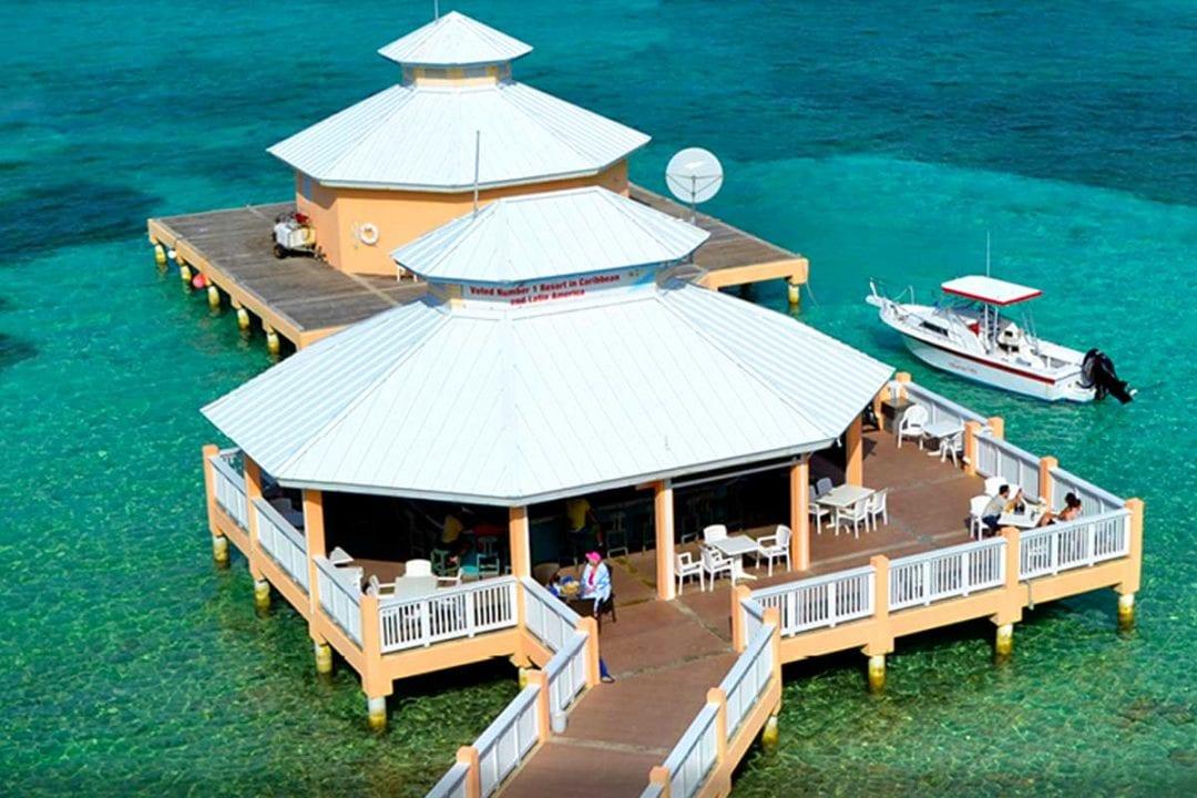 Mimi's Dock Bar & Restaurant Cayman Islands